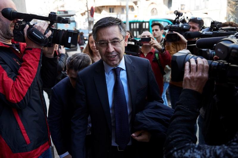 Outgoing Barcelona president Bartomeu confirms club accept proposal to play  in the European Super League   Football-Addict