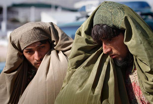Задержанные бойцы-талибы, 2011 год Фото: Rahmat Gul / AP