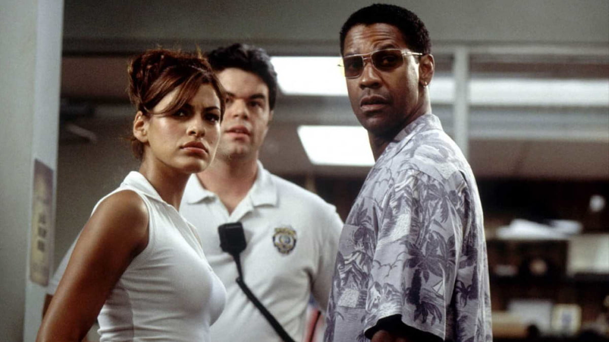 Eva Mendes and Denzel Washington in Out of Time
