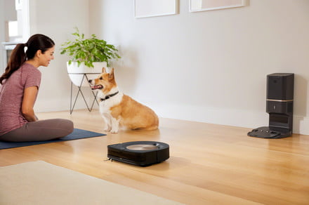 Are robot mops safe when children and pets are present?