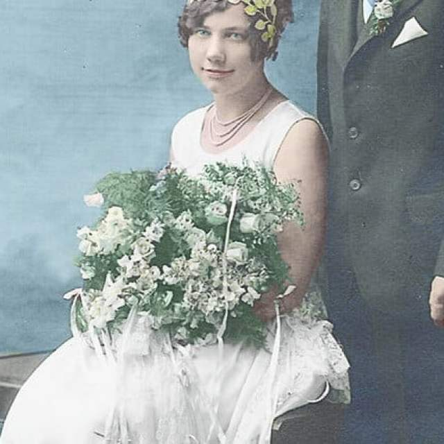 how to colorize a black and white photo recoloroldphotos