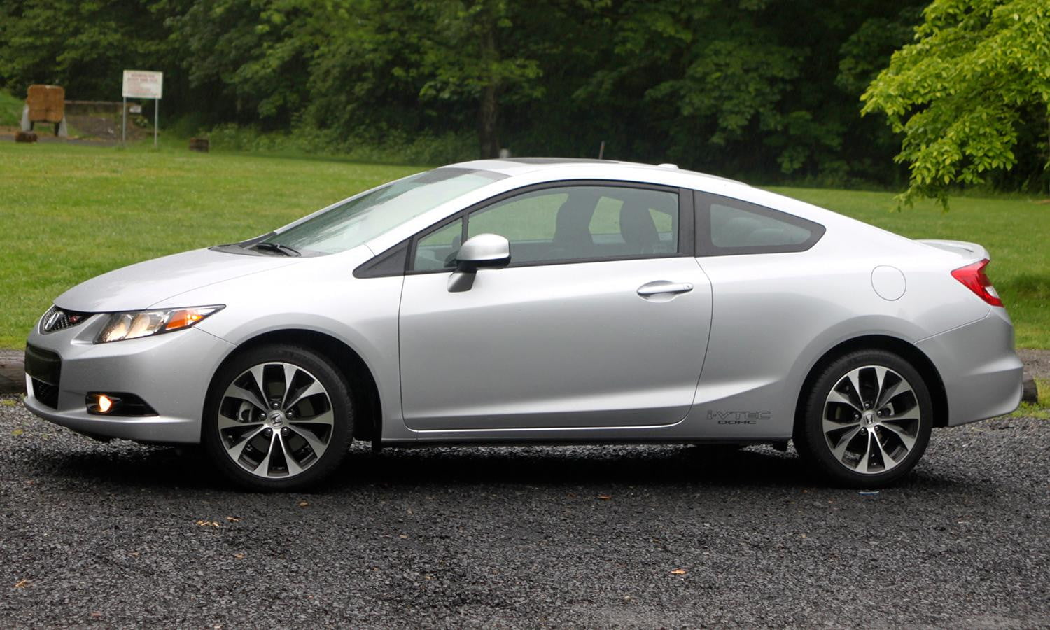 2013-Honda-Civic-Si-review-side-angle-3