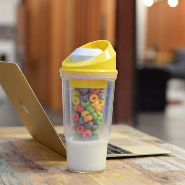 crunchcup kickstarter cereal on the go lifestyle 2