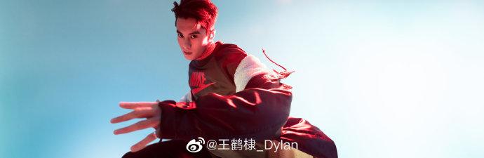 王鶴棣(ワン・ホーディー)NIKE官方旗艦店広告