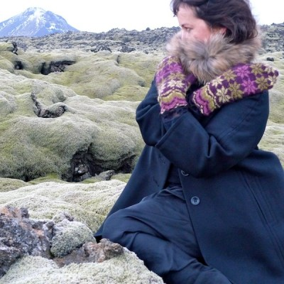 Rosir, traditional Icelandic mittens knitted with Gryla Icelandic yarn (7)