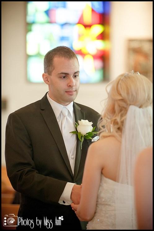 st-pius-x-catholic-church-wedding-southgate-mi-wedding-photographer-photos-by-miss-ann-4