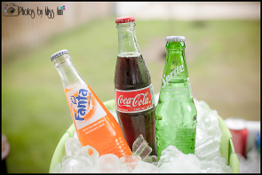 glass-bottle-drinks-30th-birthday-party-details-photos-by-miss-ann-events
