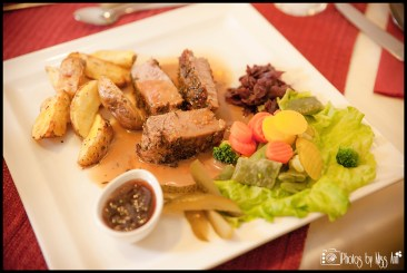traditional-icelandic-meal-of-lamb-from-hali-farm-hofn-iceland