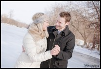 ice-engagement-session-michigan-winter-engagement-session-ann-arbor