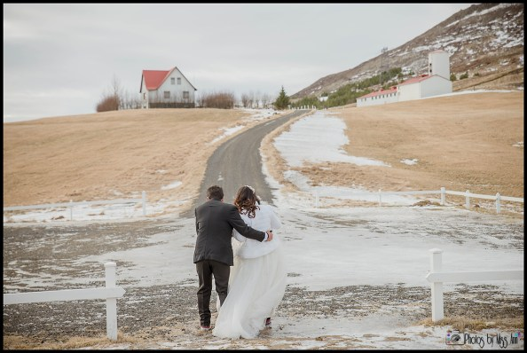 iceland-wedding-in-february-elopement-photos-by-miss-ann