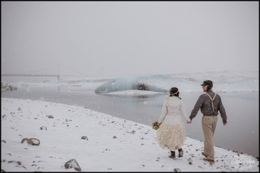 iceland-wedding-photographer-glacier-lagoon-wedding