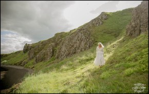 hvitserkur-sea-arch-iceland-wedding-photographer-10