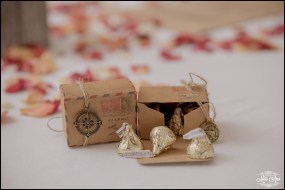 iceland-wedding-favors-1
