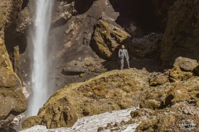 groom-in-iceland-at-waterfall