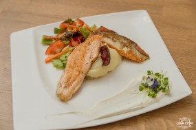 icelandair-vik-wedding-reception-food-arctic-char