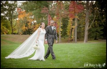 Wildwood Metro Park Fall Wedding Photos Photographer Photos by Miss Ann