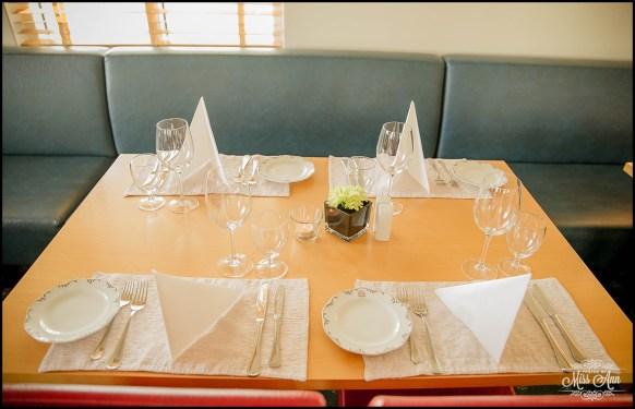 Hotel Reynihlid Dinning Room Photos