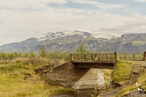 iceland-wedding-locations-your-adventure-wedding