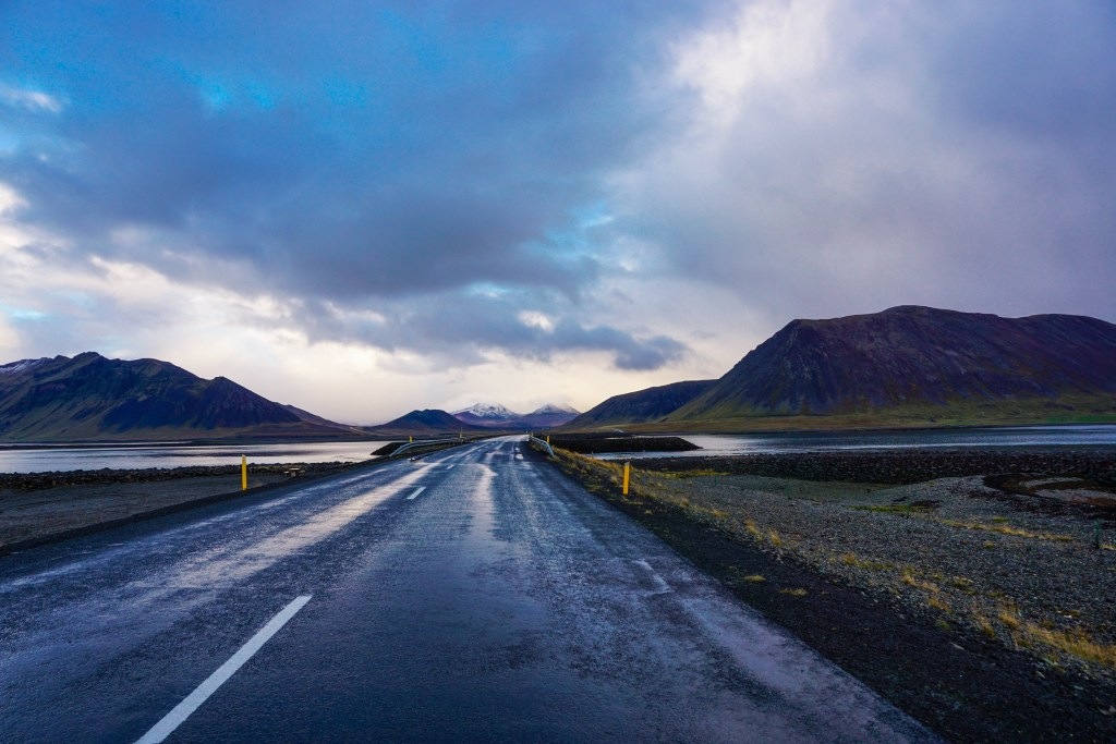 19 Easy Ways to Save Money on Your Trip to Iceland