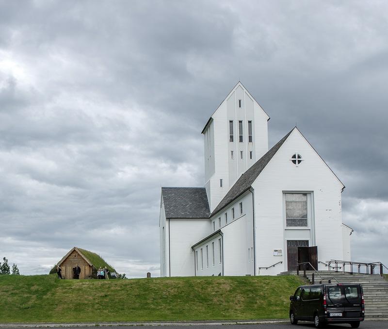 Skálholt church outside