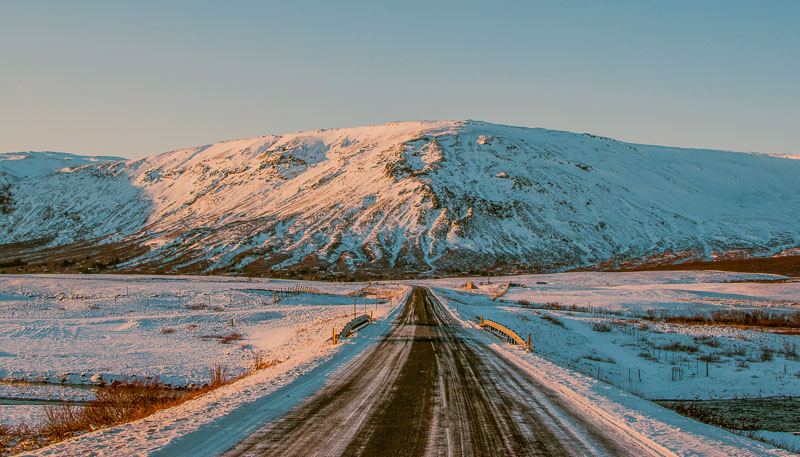 Winter driving tips for Iceland: Snow, safety, and studded tires