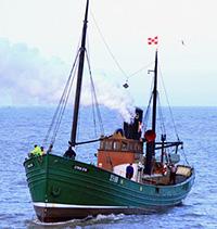 Lydia-Eva-at-sea