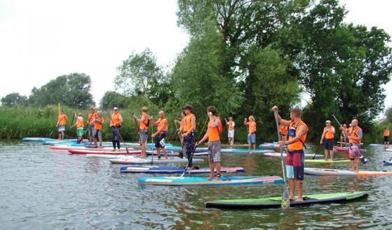 stand-up-paddleboarding-martham-norfolk-2