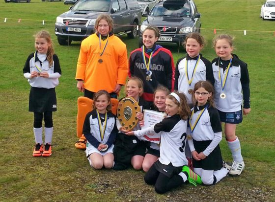 EAST CHAMPIONS magpies minis u10 girls 2016