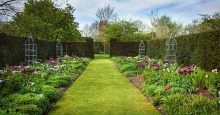 Wretham Lodge gardens