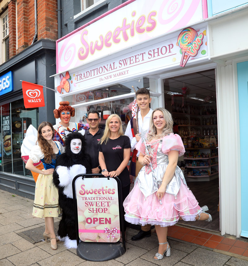 Beccles Panto goers