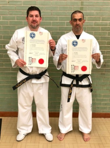 Paul-and-Jay-with-their-International-Certificates-web