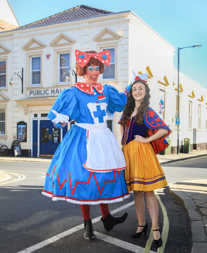 Snow White panto at Beccles Public Hall