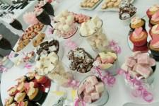 14. Delicious Dessert Table