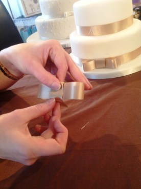 How to make a wedding cake bow Step 7 Cakes by Shelly