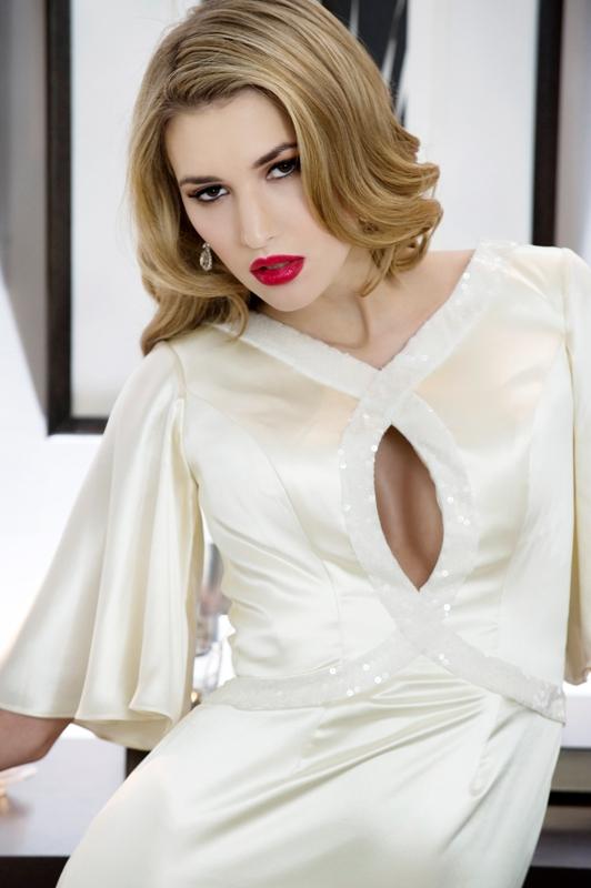 Make Up: Brides & Beauty, Photography: Carey Sheffield Wedding Dress: Madeline Isaac James