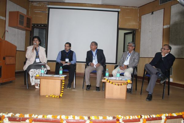 (L-R) Dr. Vibha Jain, Ashish Makhani, Mukkul Bagga, Adv. Rabin Majumdar and Rahul Bhambry on penel discussion on Trends & opportunities of IoMT at IC InnovatorCLUB Meeting at IIT Delhi