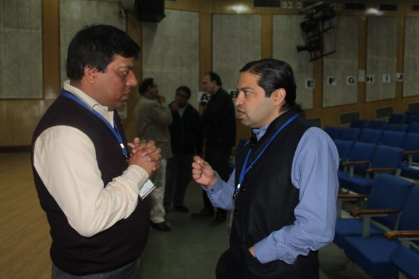 Sanjay Gaur and Ashish Makhani interacting at IC InnovatorCLUB Meeting at IIT Delhi
