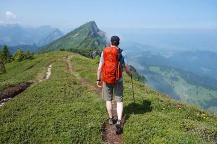 Trail Trek'n Travel L:R 07