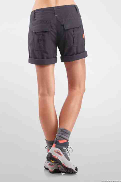 Icebreaker_W_FW14_SH_First_Layers_Wmns_Destiny_Shorts_Monsoon_Model_101012D34_5