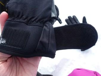 SealSkinz Activity Glove 08