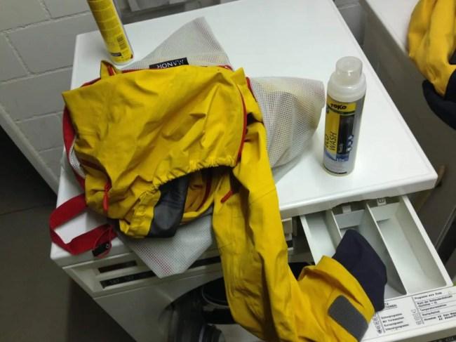 Vorbereitungen vor dem Waschgang
