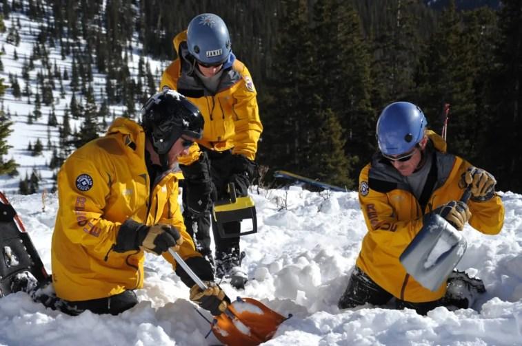 RECCO Avalanche_rescue_031