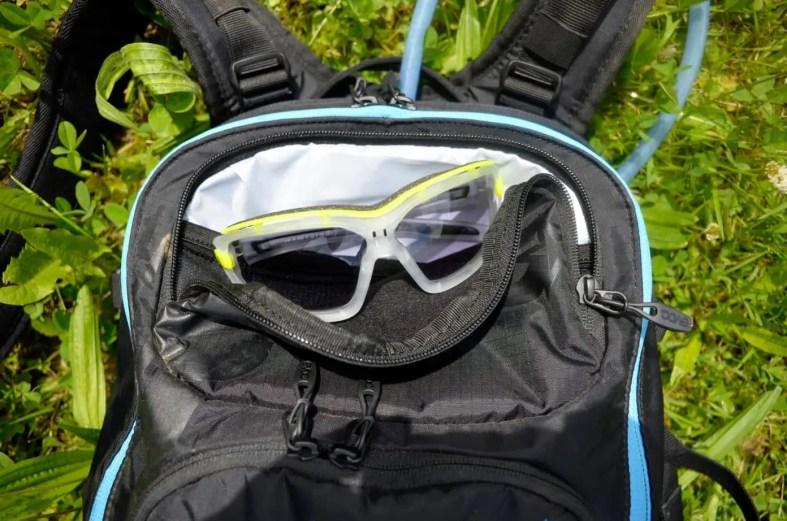 Sonnenbrillenfach