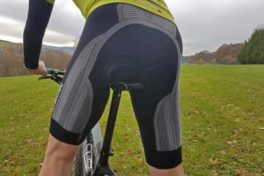 xbionic-the-trick-biking-pants_05