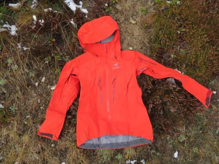 Arcteryx Alpha SV Jacket Womens 11