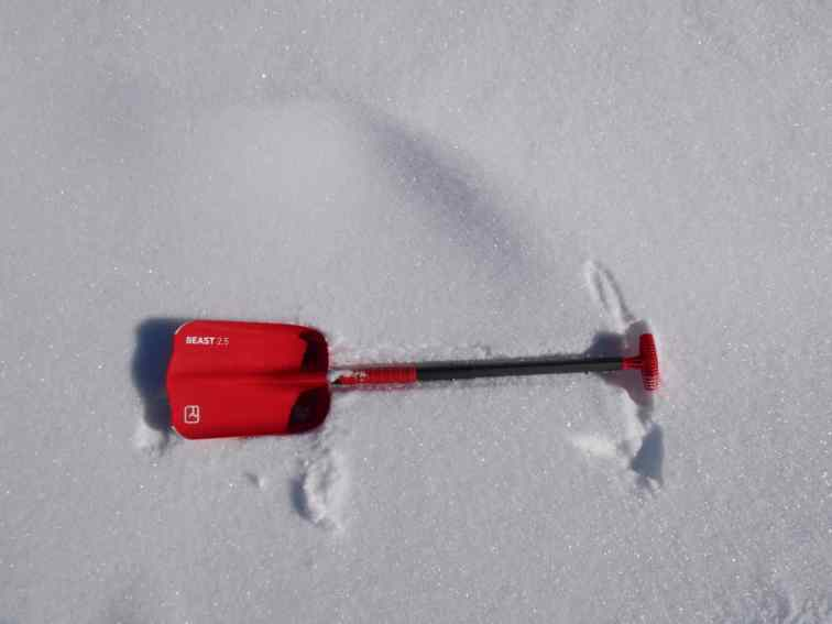 Ortovox Beast Shovel 18