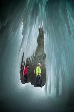 Winter-Canyoning_Pontresina_3_4egyJB2