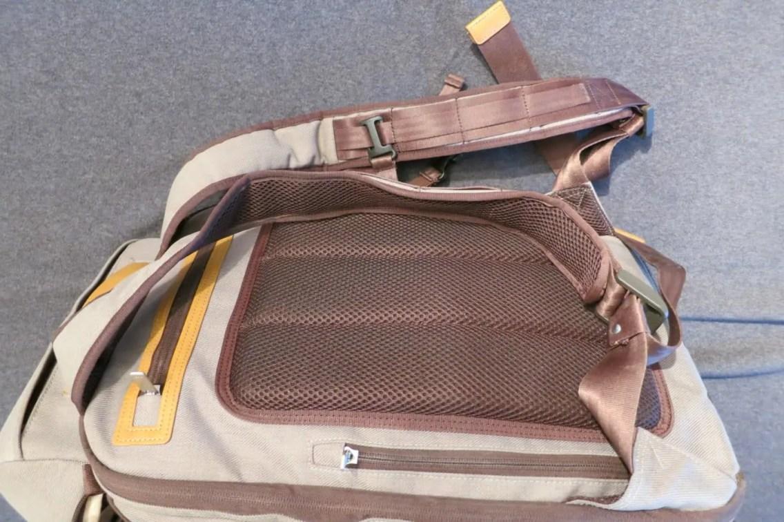 Airmesh-Rückenpolster und Träger mit verstellbarem Brustgurt