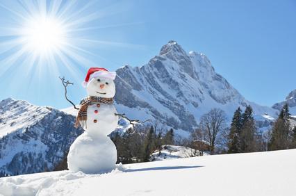 Meditation draußen geht nur im Sommer? Mitnichten. Wie wäre es mit einer Gehmeditaiton im knisternden Schnee?