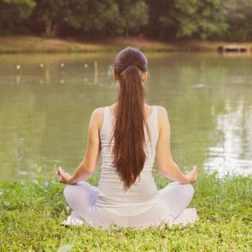 So baust Du das Gefühl der Müdigkeit in Deine Meditation ein